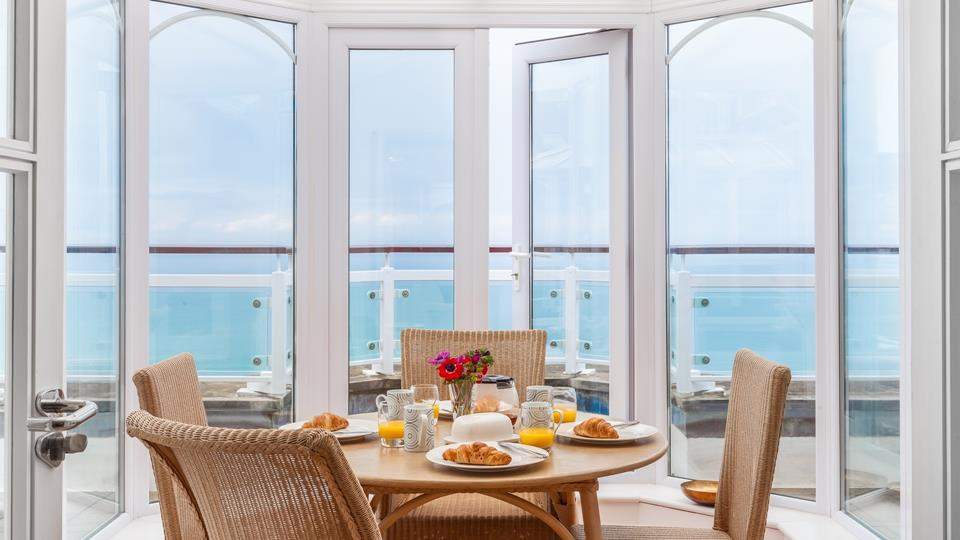 With 360 degree views of the Atlantic Ocean, could there be a better spot for breakfast?