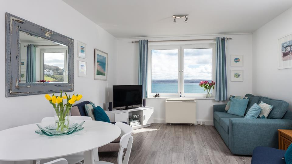 Light and breezy, 34 Carrack Widden is a seaside dream for couples or solo travelers!