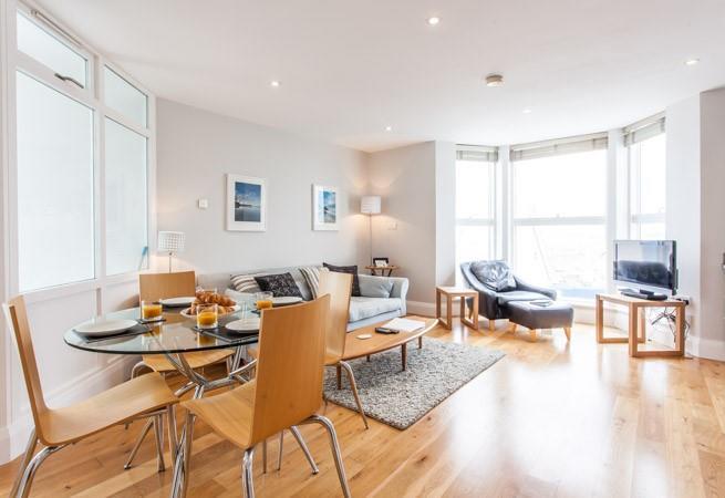 Bright open plan sitting/dining/kitchen area