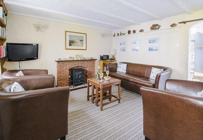 Relax and watch TV in the cosy,homely lounge.