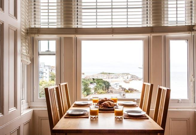 Enjoy uninterrupted views from the dining area.