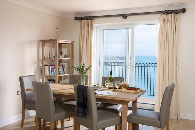Comfortable open plan dining area.