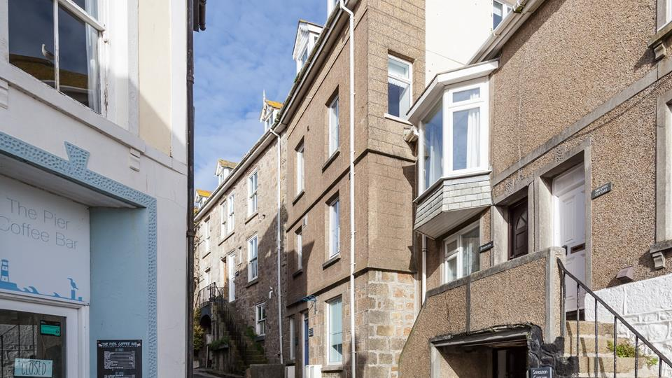 Embrace the relaxed Cornish lifestyle and while away the hours wandering through St Ives enchanting streets.