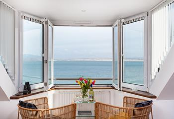 Smeaton's Pier Penthouse in The Wharf