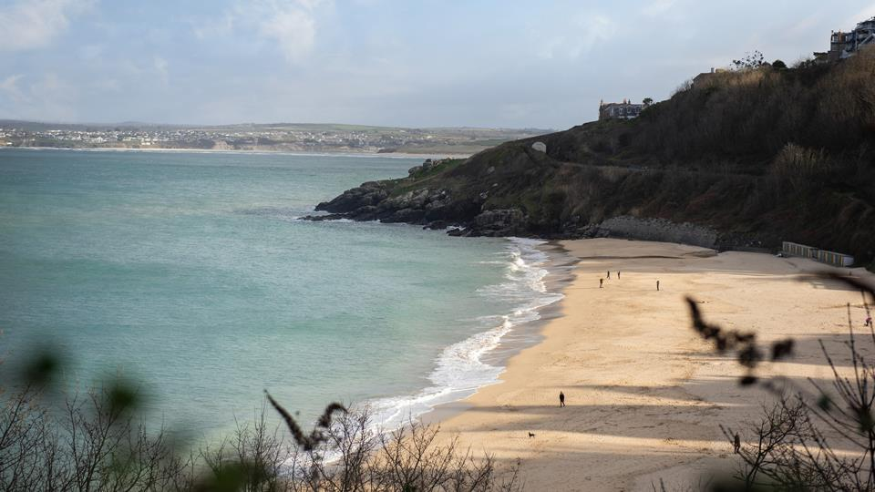 Overlook Porthminster beach and watch the Atlantic Ocean roll in and out as you relax in St Ives.