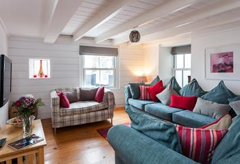 The Beach House, St Ives in Downalong