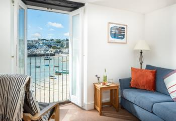 Low Tide, The Wharf, Sleeps 4 + cot, The Wharf.