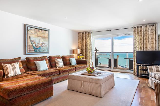 Beautiful sea views from the sitting room.