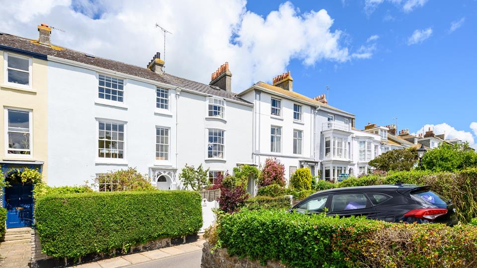 A charming Grade ll listed Georgian family house on one of Penzance's most prestigious terraces.