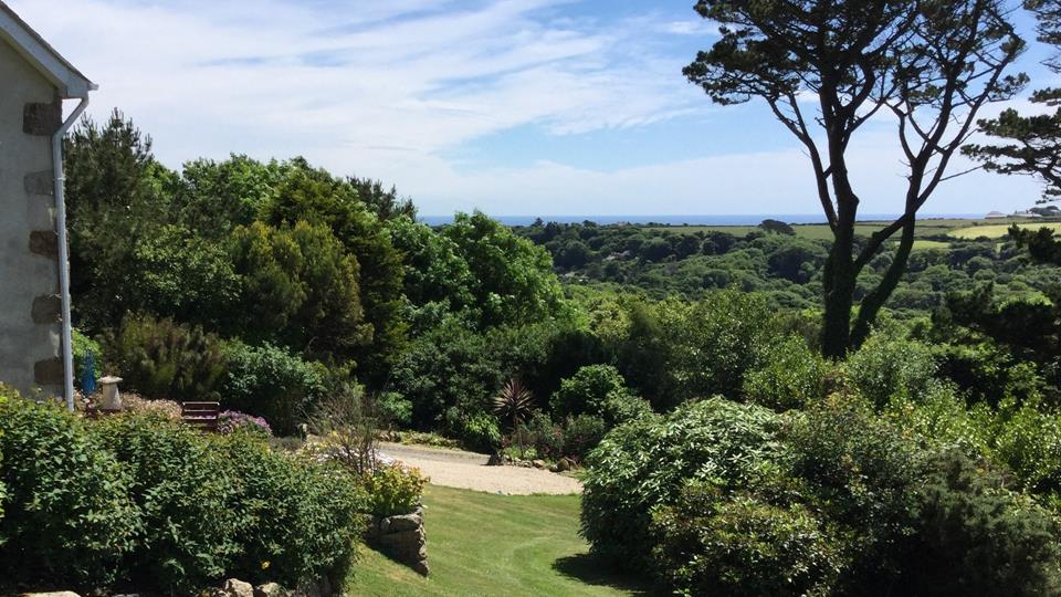 Picturesque views over Lamorna Valley and out to sea from the garden.