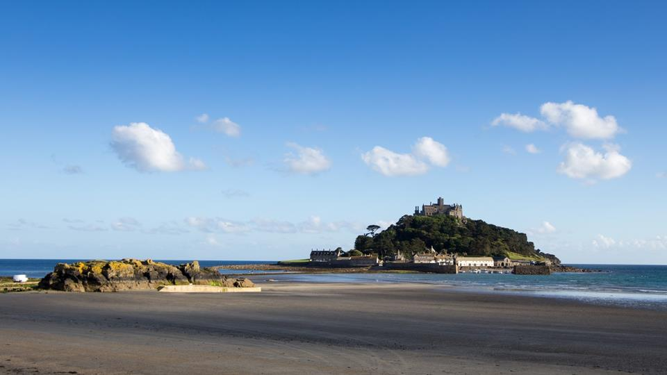 St Michales Mount is just a 10 minuet walk from the property and is one of Cornwall's iconic landmarks.