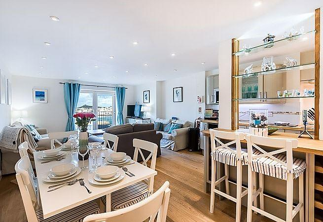Open plan bright and airy kitchen/dining/sitting room