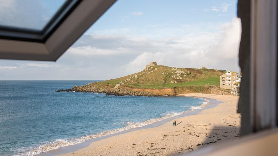 Enjoy fabulous views over Porthmeor beach which is just a stones throw away,