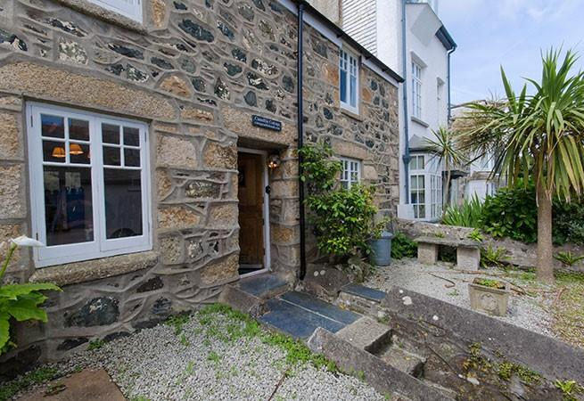 Camellia Cottage is situated on The Warren which is one of the oldest parts of St Ives.