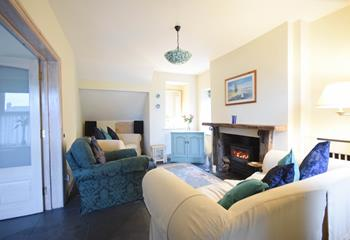 Chy Pons, Sleeps 5 + 2 cots, Marazion.