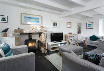 Mowzer Cottage , Sleeps 4 + cot, Mousehole.