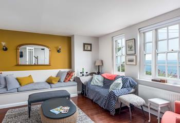 Morningtide, Sleeps 6 + cot, Mousehole.