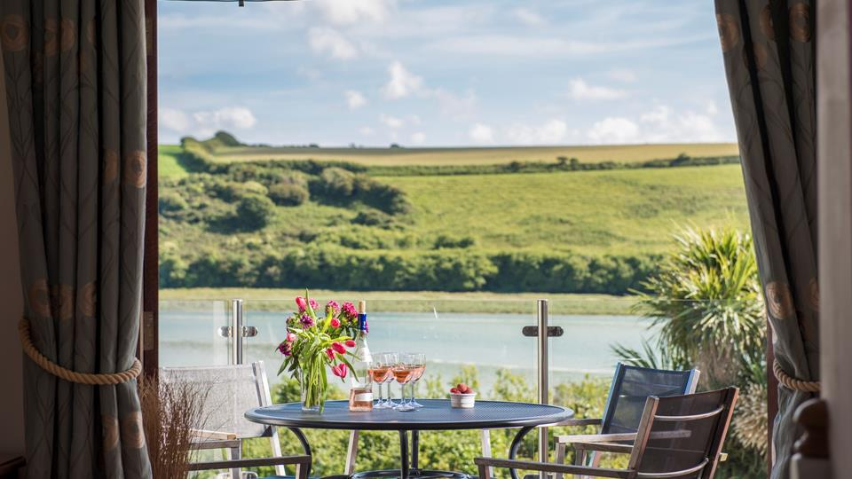 This stunning location offers spectacular views of the Gannel Estuary, where you can watch the buzz of activity of paddle boarders and kayaks when the tide is high.