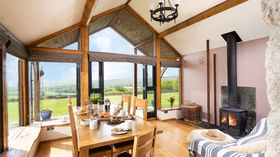 You can all enjoy a meal together, with the doors open out onto the terrace, letting in the evening breeze.