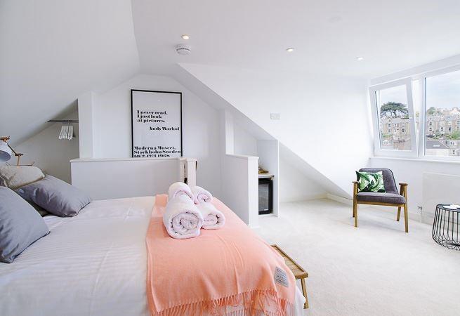 Double bed in bedroom 3.