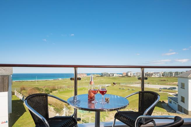 The balcony offers truly stunning views across Newquay golf course, towards Fistral Beach.