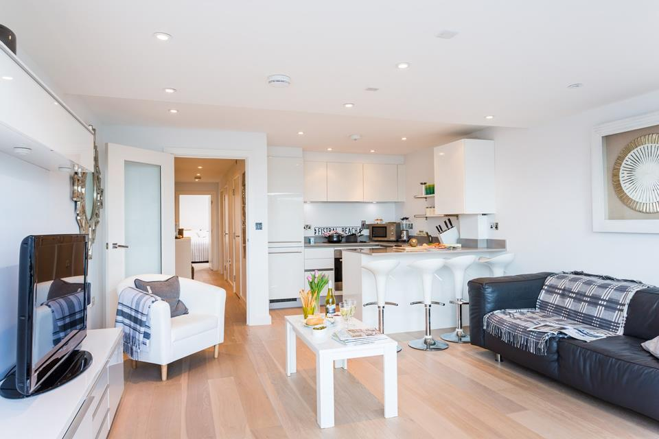 This open plan living space provides the perfect, bright and airy space for relaxing and socialising.
