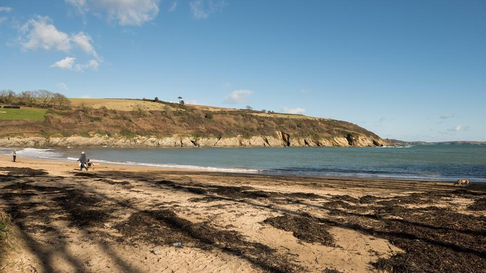 Maenporth beach is just a few minutes walk away.