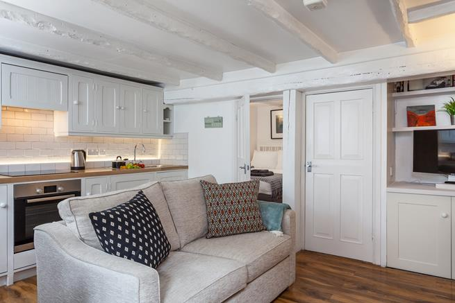 After a busy day exploring St Ives town, harbour and beaches, hunker down in your cosy retreat for the evening.