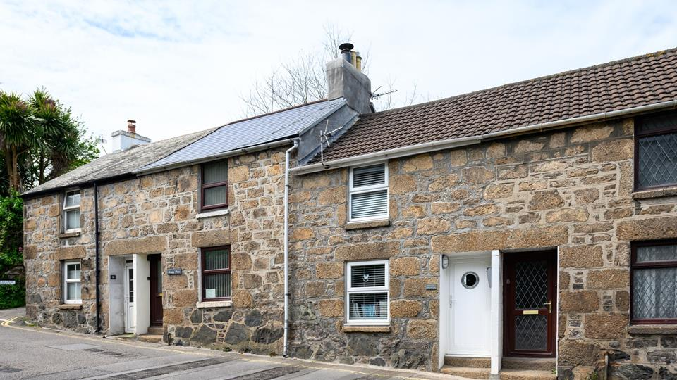 Ivors Cottage is a terraced property which has much character and charm.