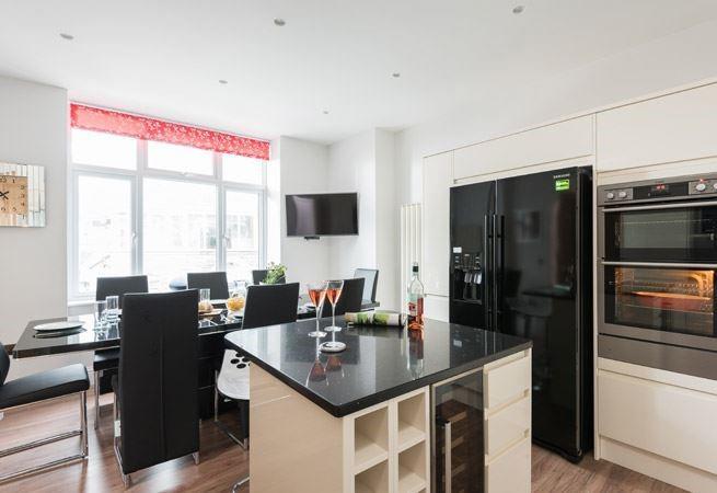 Open plan kitchen/dining room.