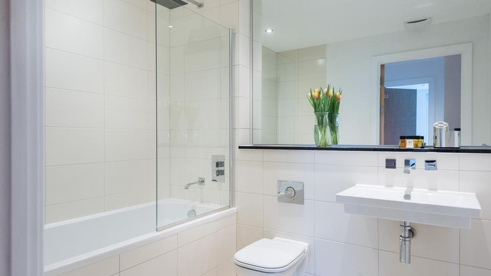 The family bathroom provides the extra space needed when holidaying as a family of four.