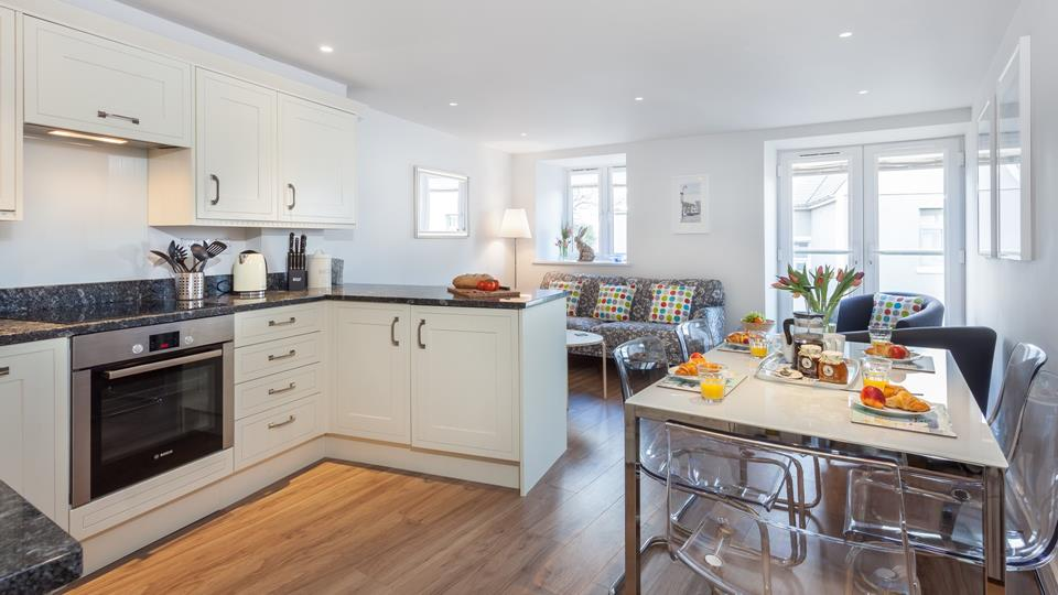 A light and contemporary apartment, 5 Sunday School Court is perfect for both couples and small families.