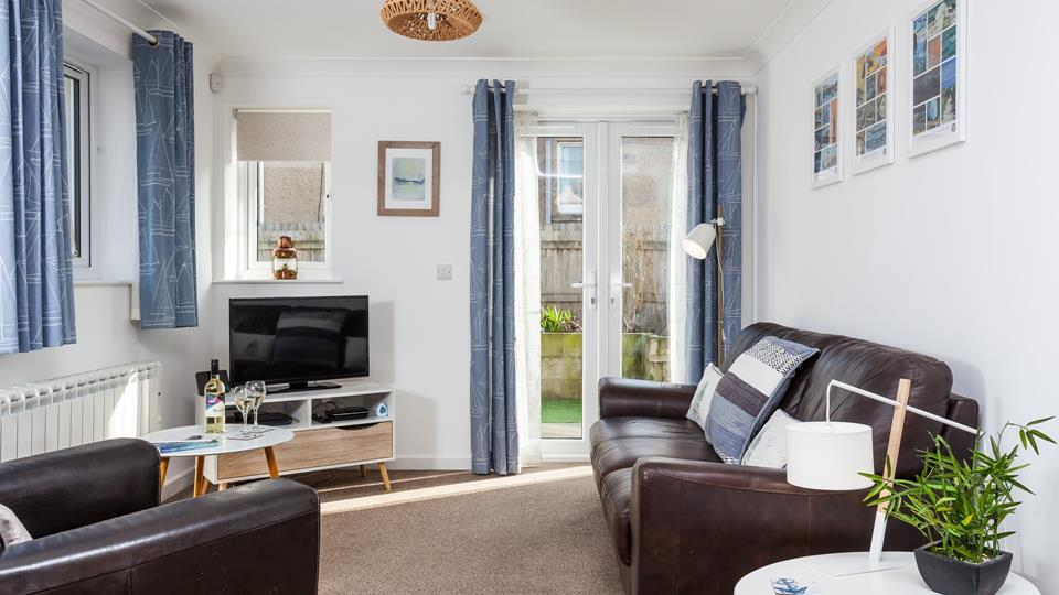 A cosy, family bungalow, Genoa offers a central base for anyone wanting to be near Porthleven!