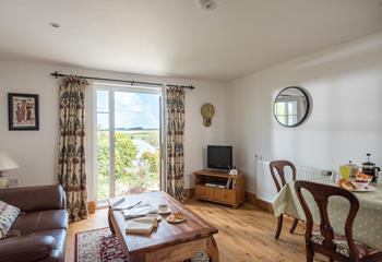 Decorated in a cosy and rural style, you'll feel right at home the second you walk through the door.