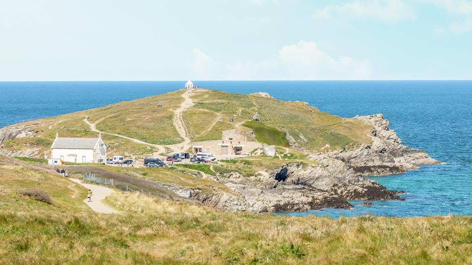 On the other side of the fence is the gorgeous headland and coastal path just waiting to be explored.