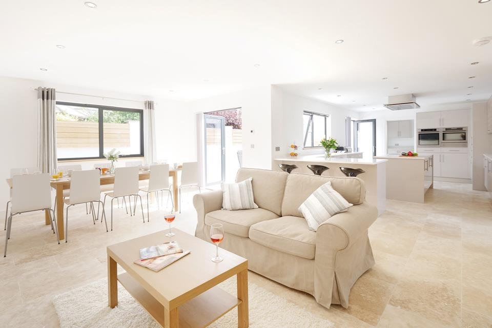 A wonderful Kitchen with a great seating area for all the family to enjoy.