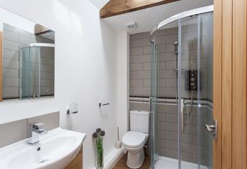 Freshen up after a day at the beach or coastal walking in the lovely enclosed shower.