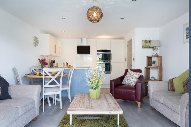 Open plan sitting room/dining room/kitchen