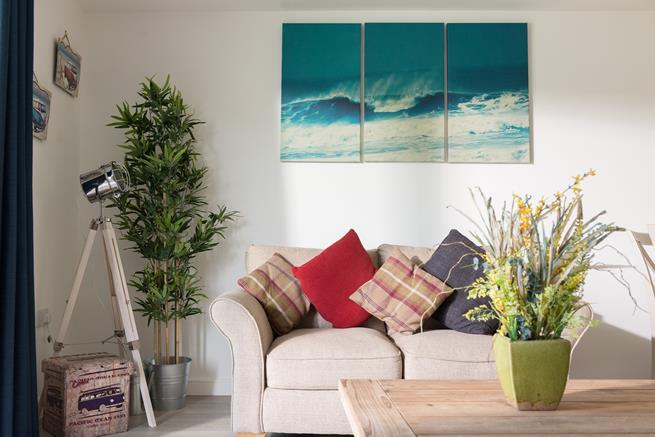 Interior design detail gives the apartment it's own style