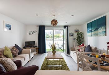Apartment 2 Coopers Hawk, Sleeps 3, Bude.