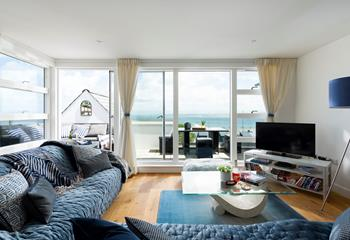 The Penthouse - 11 Salt Apartments in Porthminster