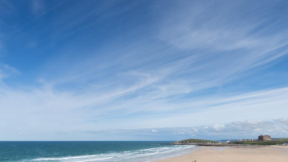 Within minutes you can have sandy toes, or take a dip in the sea with Fistral beach right on the doorstep.