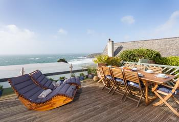 Lamorna House, Sleeps 8 + 3 cots, Praa Sands.