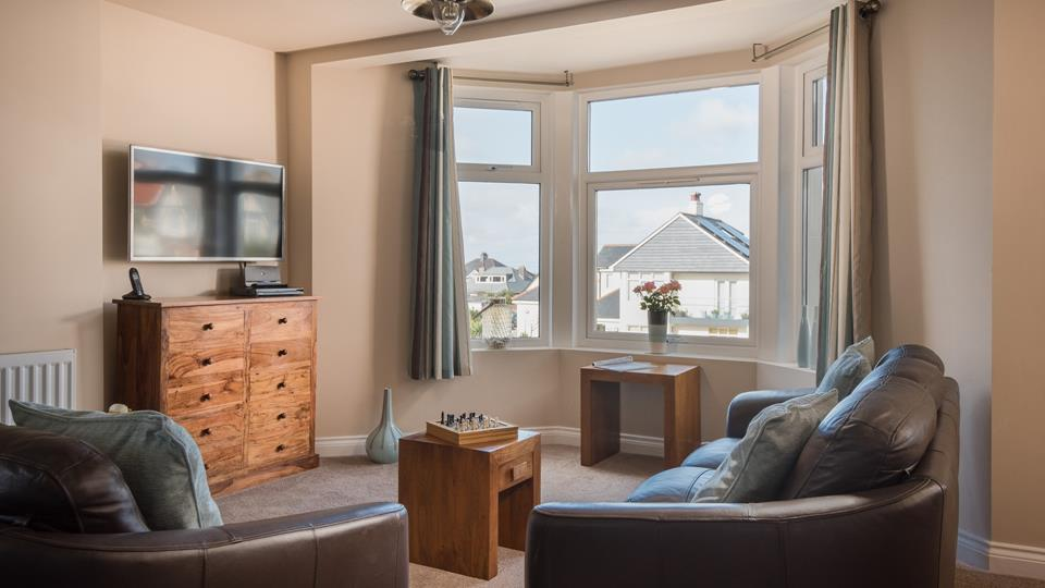 This duplex apartment is in a great location for exploring Newquay and the surrounding areas.