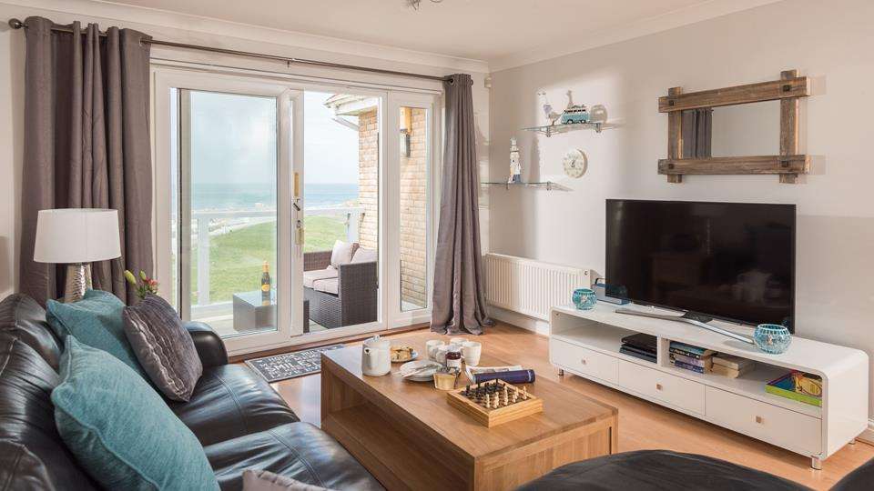 Cribbar's Reach is on the second floor and boasts dual aspects views from the open plan living area.