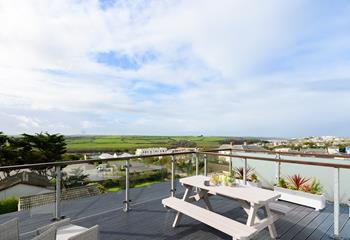 Apartment 7, Sleeps 3 + cot, Newquay.