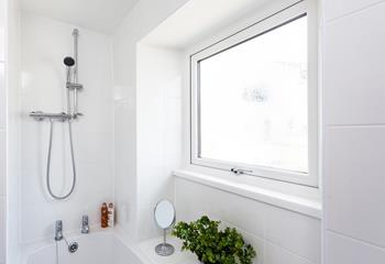 The refreshing shower will leave you feeling rejuvenated and ready to explore Newlyn's narrow streets and pretty harbour.