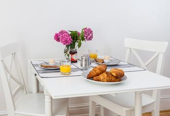 Tuck into a delicious breakfast in your cosy bolthole for two.