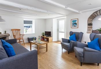 York House, Sleeps 6 + cot, Marazion.