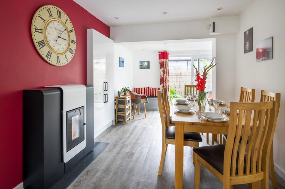 The Biomass central heating system in the dining area, makes for a cosy feel on those cooler evenings.